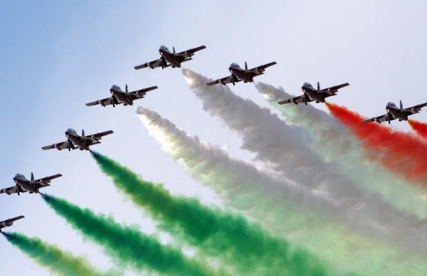 """Aeronautica militare costituita 98 anni fa, parla Mattarella: """"portano i vaccini nelle località più distanti"""""""