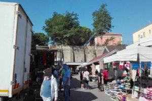 Torino: stop ai Portici di Carta, al Balon e ai mercatini