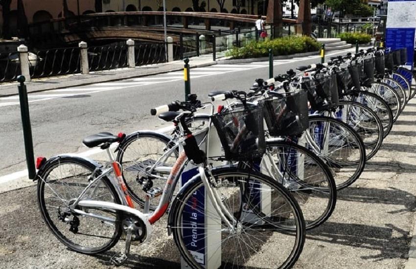 Mobilità sostenibile a Verona: bike sharing per sedicenni e auto full electric in ZTL per altri 2 anni