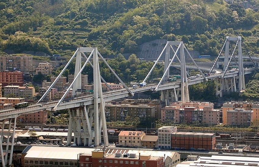 Ponte Morandi: la solidarietà tra Torre del Greco e Genova