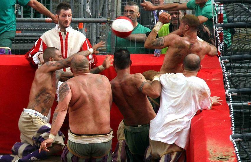 Il Calcio Storico fiorentino sbarca su Netflix