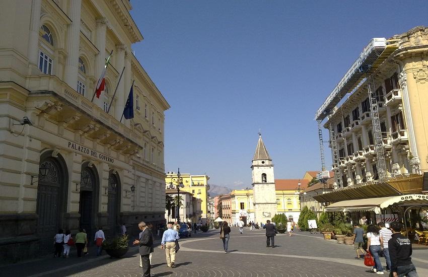 Benevento e festa Serie A: locali piazza Verdi chiusi