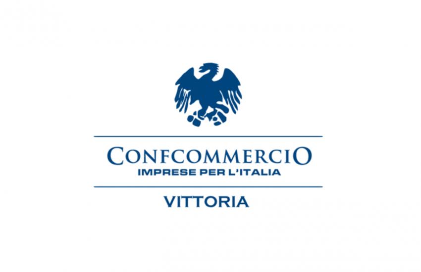 Manifesto estivo e elezioni a Vittoria