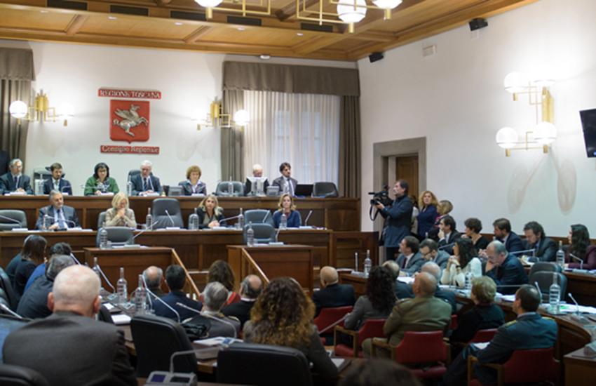 Centro destra abbandona il consiglio regionale per protesta