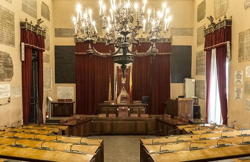 Rifiuti, il Consiglio approva debiti fuori bilancio