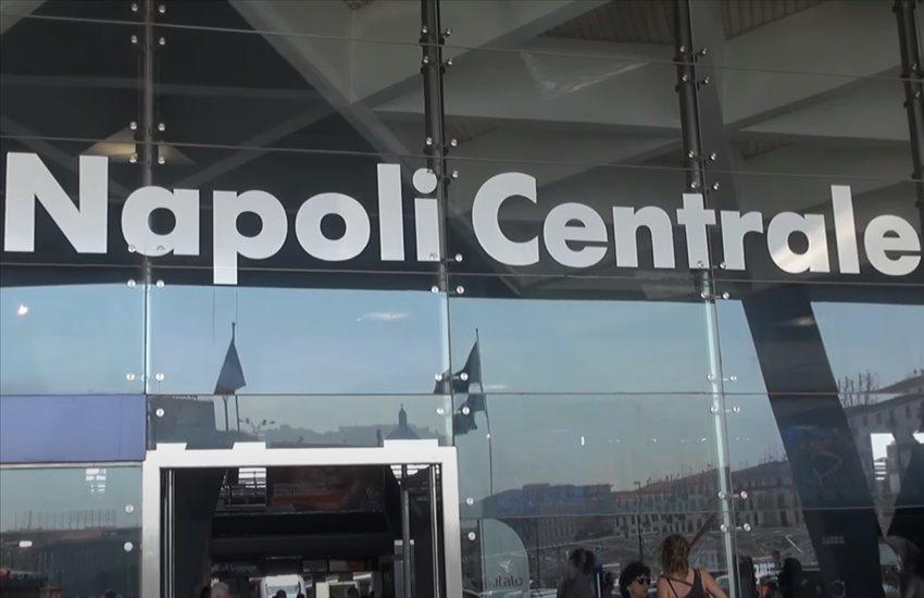 Controlli alla stazione di Napoli