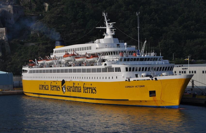 Corsica Sardinia ferries, verso l'estate: biglietti traghetti flessibili