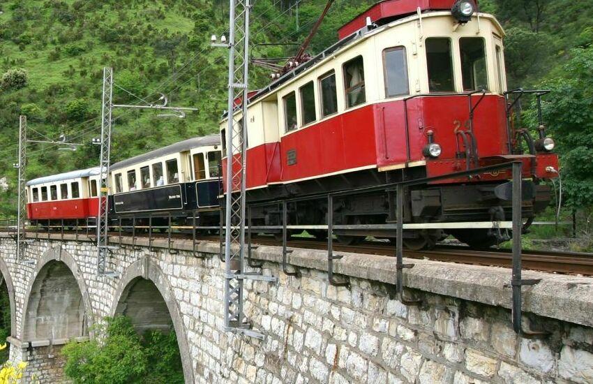 Ferrovia Genova-Casella: incidente per tamponamento