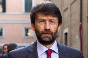 "Moschea a Pisa – ""fuoco amico"" a destra e a sinistra  – deputati Pd contro Franceschini"