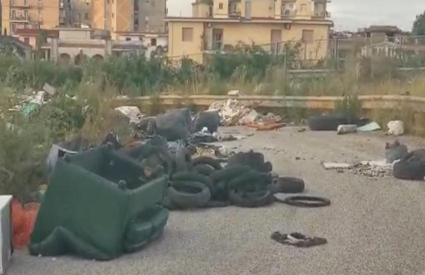 Strada Provinciale 1 Circumvallazione esterna Napoli. «Ci state avvelenando!»