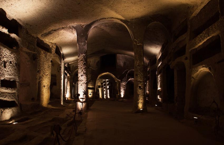 Da venerdì 26 giugno riapriranno le Catacombe di San Gennaro