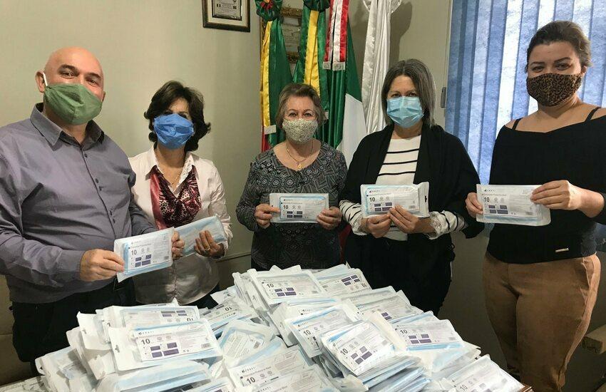 Pederobba dona 2500 mascherine al gemellato Jacutinga