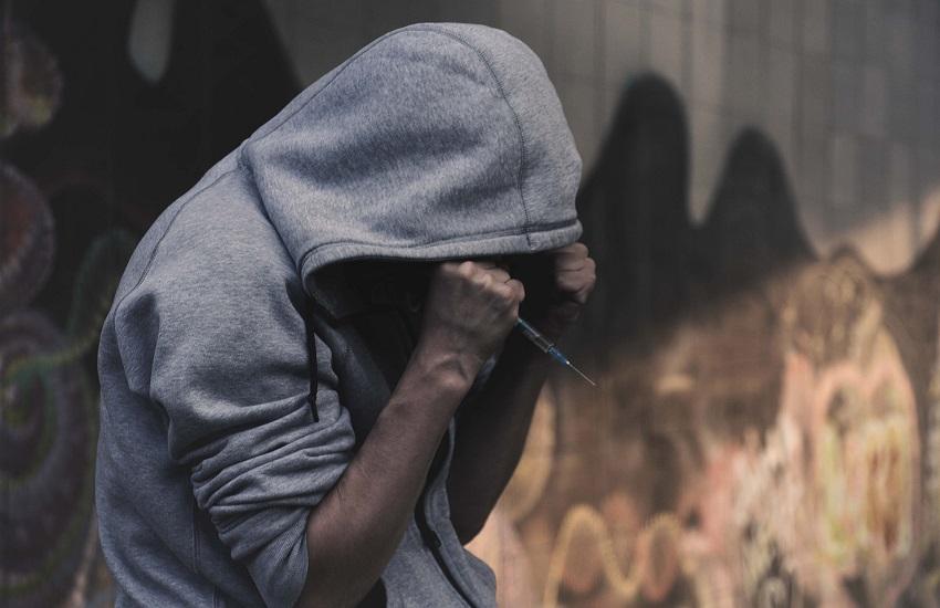 Spaccio di sostanze stupefacenti: la Squadra mobile agisce all'alba