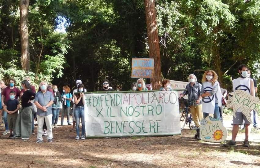 Flashmob ambientalista per difendere il Parco di San Rossore