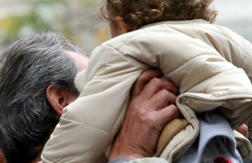 Bibbiano, a giudizio in 24 per il traffico di bambini sottratti ai genitori e dati in affido
