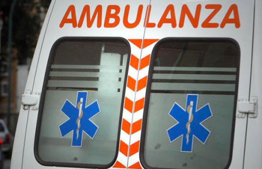 Incidente stradale, motociclista gravemente ferito