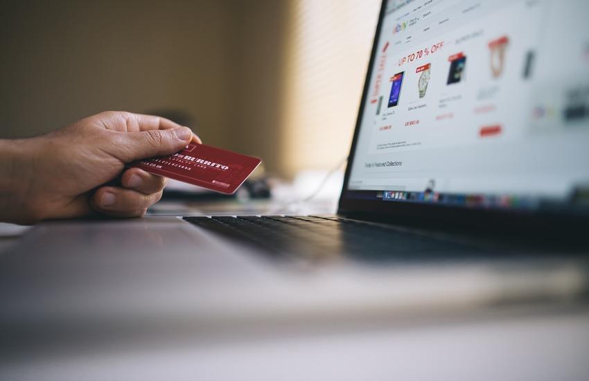 E-commerce, +32% durante l'ultimo lockdown. Le donne aumentano la spesa online del 35%