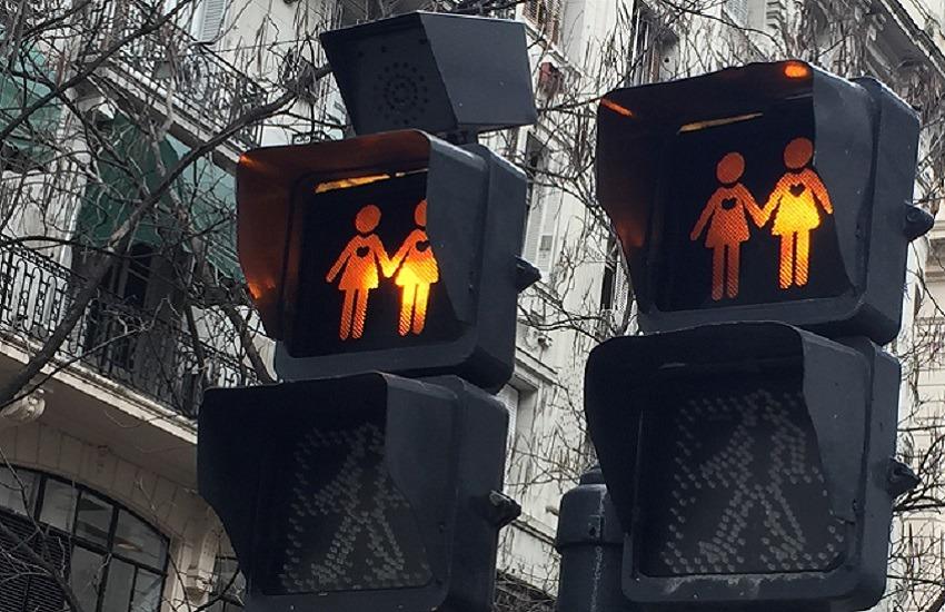 Derive liberticide? La Cei contesta il disegno di legge contro l'omofobia