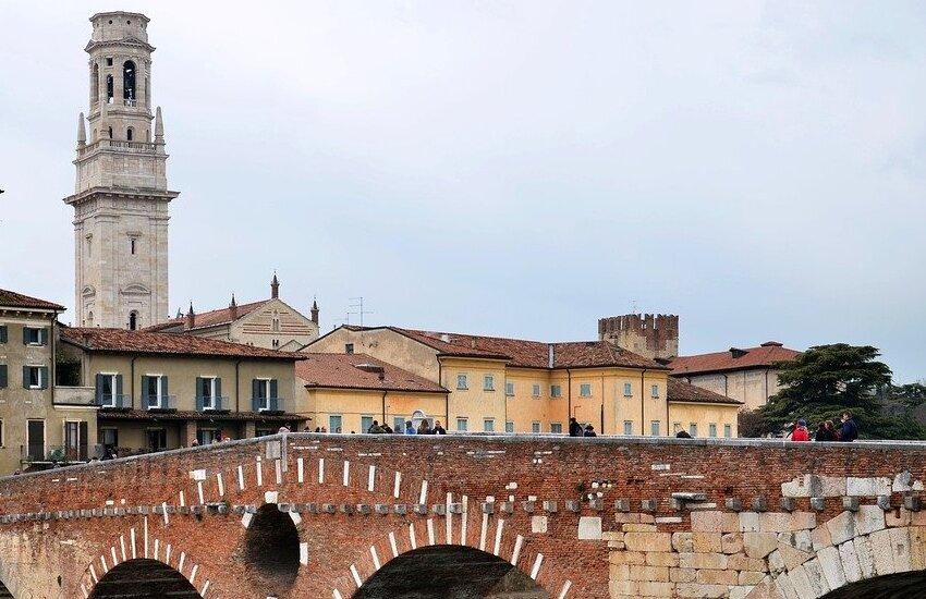 "Visite guidate nel weekend alla Verona lirica, romana e ""classica""."