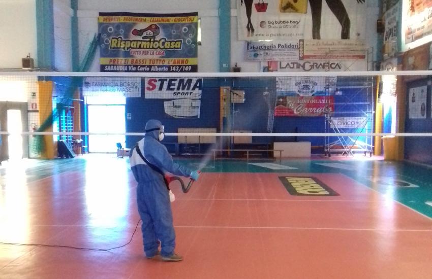 Sabaudia, riapre il palazzetto dello sport: il volley torna in campo