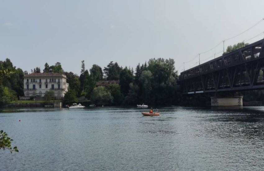 Tragedia a Sesto Calende, 16enne annega nel Ticino
