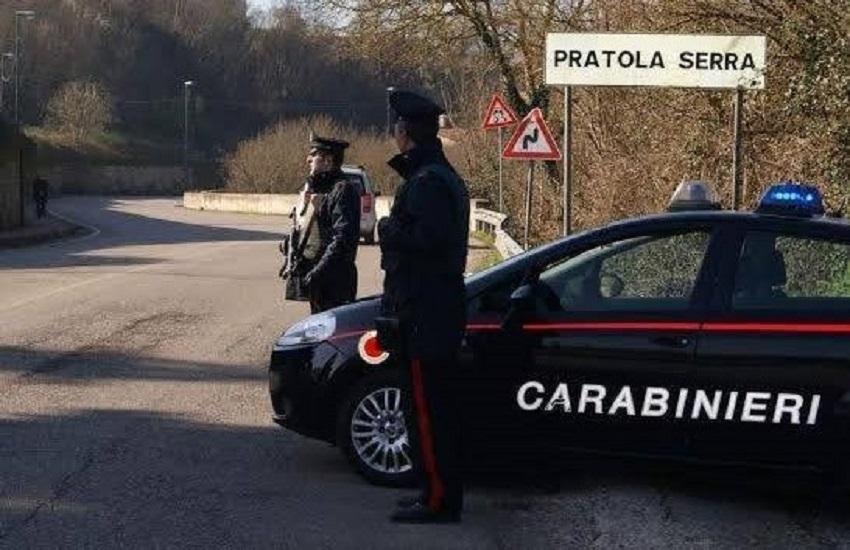 Pratola Serra – Motocicletta contro automobile davanti alla FCA, due feriti lievi