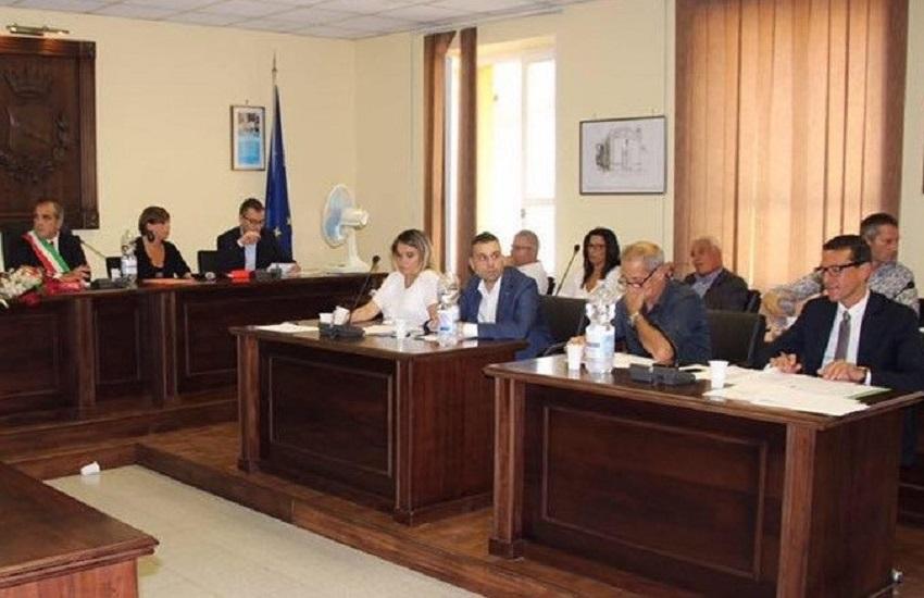 Pratola Serra, scontro sulle transazioni: la maggioranza replica all'opposizione