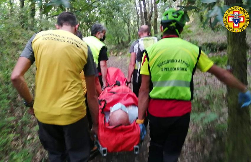 Etna, soccorso un escursionista caduto lungo un sentiero in territorio di Milo