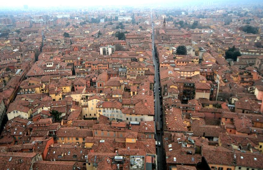 Studenti fuori sede Bologna: importante misura per gli affitti
