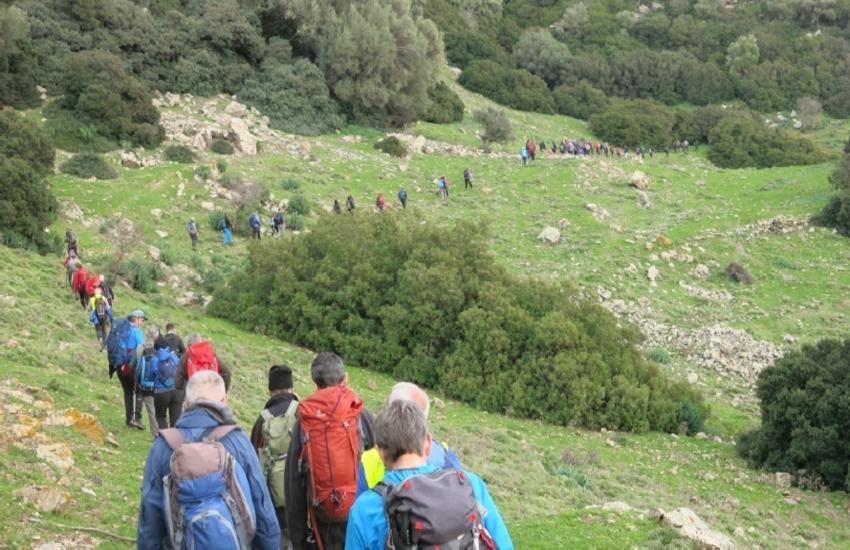 Symbola presenta un percorso di 15400 chilometri di cammino in Italia