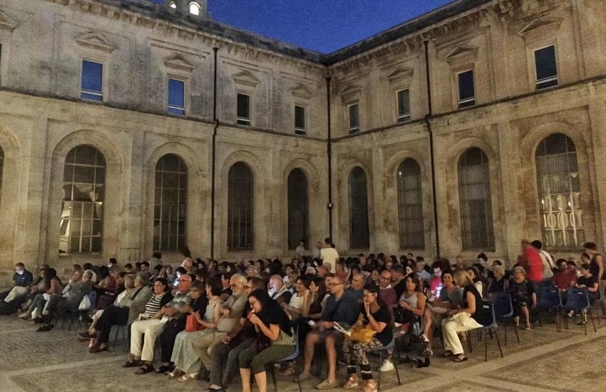 Cinema all'aperto, la stagione ai Teatini si arricchisce di due nuovi appuntamenti