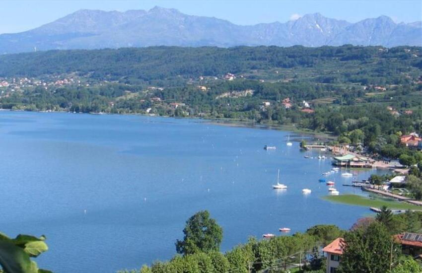 Fiumi o laghi, il Piemonte torna in spiaggia