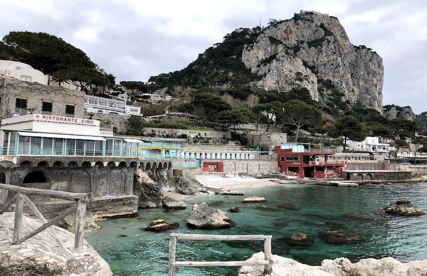 "Capri e Anacapri sfidano De Luca: ""Noi restiamo zona gialla"""