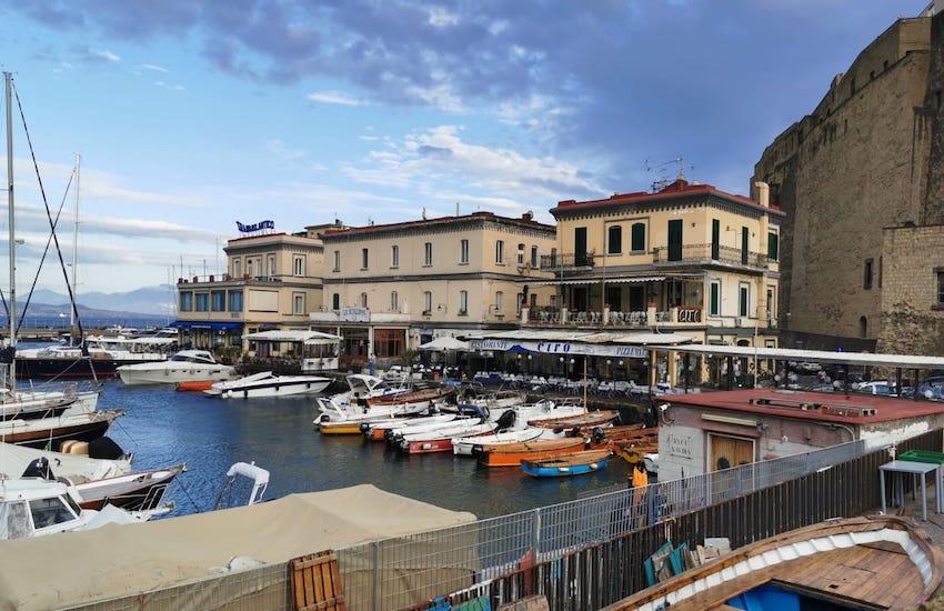 Bonus vacanze, è un flop in Campania. Solo 61 strutture l'accettano