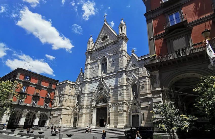 """Una trentina di disoccupati """"Bros"""" occupano il Duomo"""