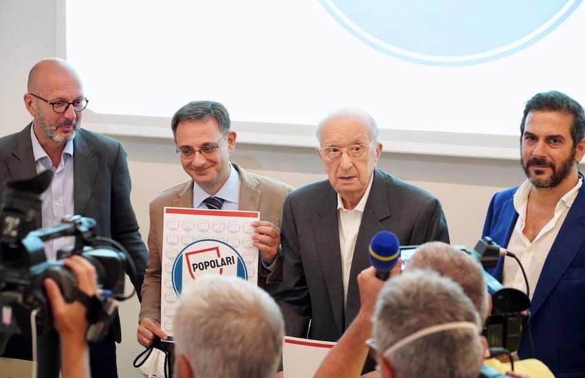 La nuova sfida di De Mita parte da Napoli, «Rilanciare il progetto Popolare»