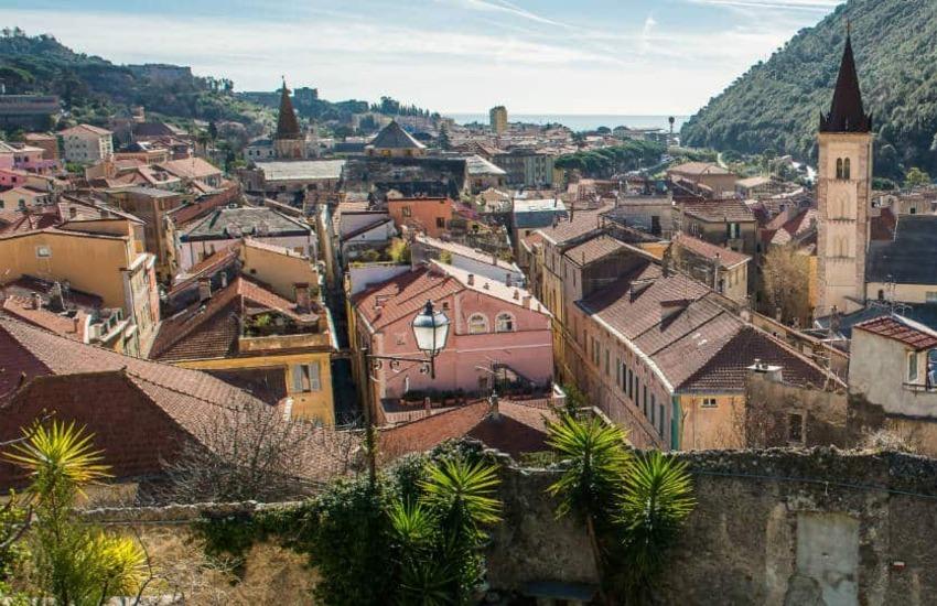 Liguria, alla scoperta dei centri storici della provincia di Savona con Guide Liguria