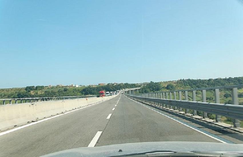 """Marsilio: """"terza corsia dell'A14 è stata indicata dal Ministero come una 'priorità'"""""""