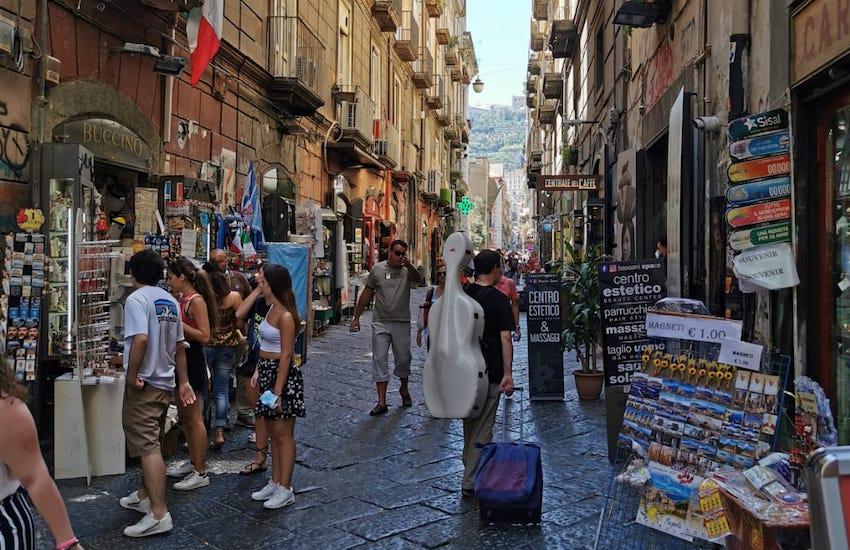 allerta caldo Napoli