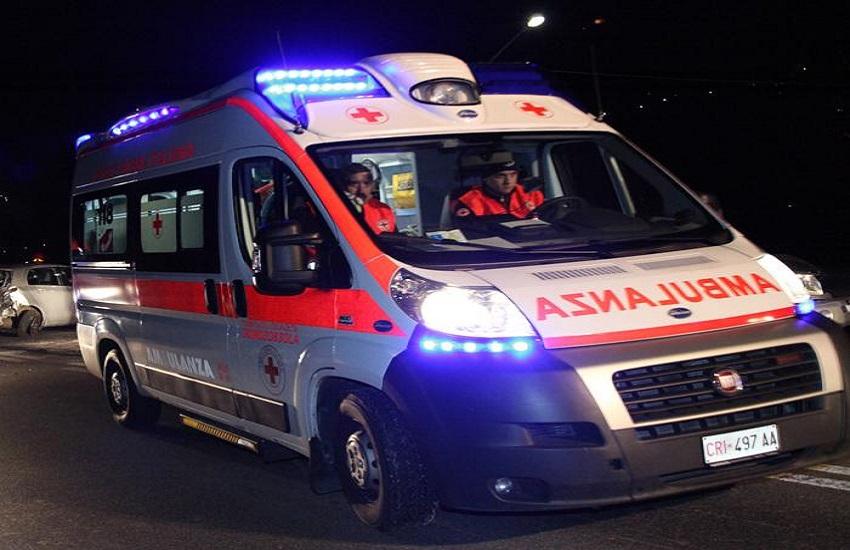 Incidente stradale al Rione Libertà: ferita una donna