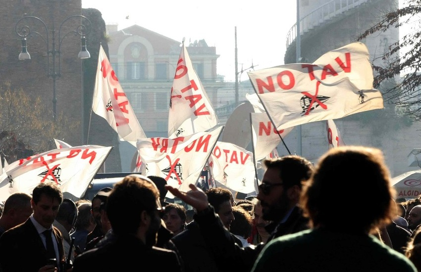 """Appello al presidente Mattarella dall'Udi Palermo: """"Libertà per l'attivista No Tav Dana Lauriola"""""""