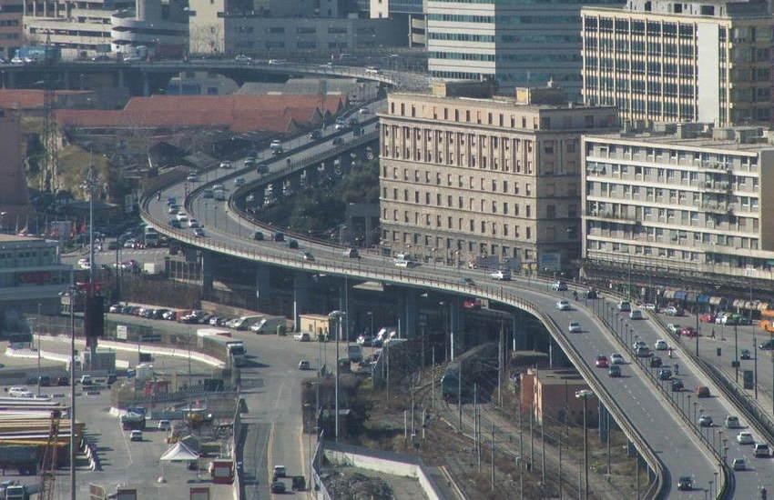 Traffico nel caos: A26, Genova, Aurelia e Sopraelevata chiusa in direzione ponente
