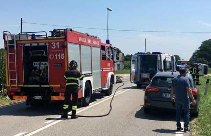Alta Padovana, frontale tra auto, furgone e camion: un ferito grave