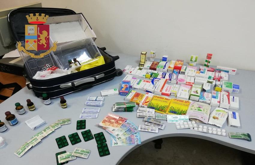 Medicinali sospetti nascosti nel trolley, denunciata 65enne nella zona Vicaria-Mercato