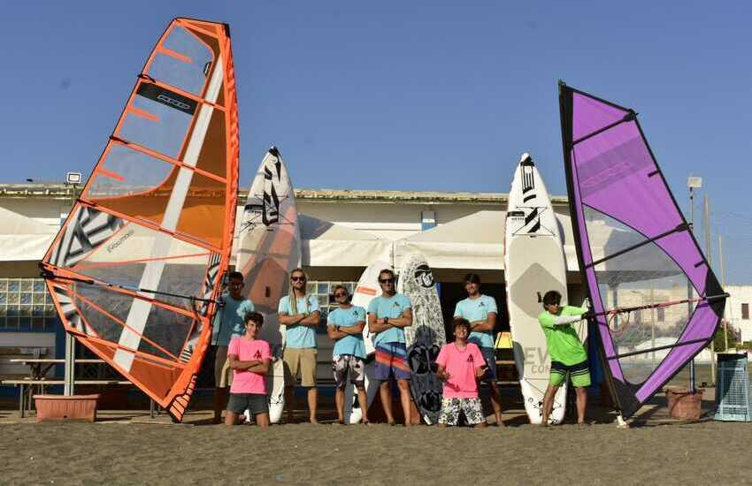 WINDSURF, KITESURF E SURF A TARQUINIA