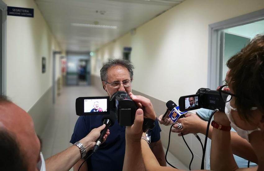 Ariano Irpino – Bimbo ingerisce una noce, trasferito di notte in eliambulanza al Santobono: è fuori pericolo