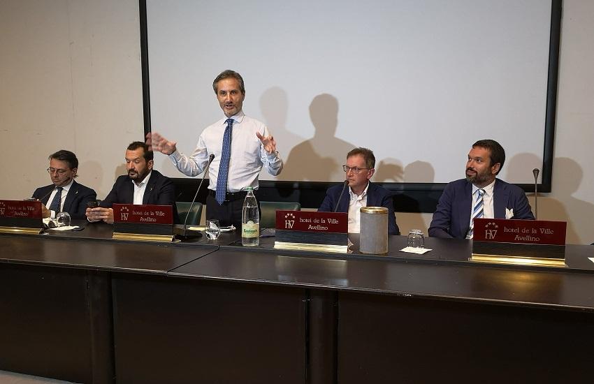 Campania, Stefano Caldoro ammette la sconfitta: «Hanno vinto gli sceriffi del Covid»