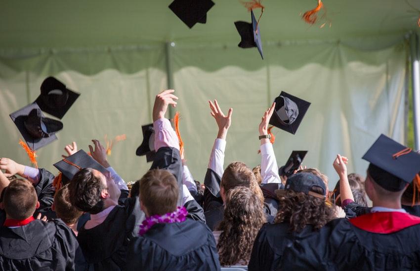 Università, aumentano gli iscritti nonostante il Covid