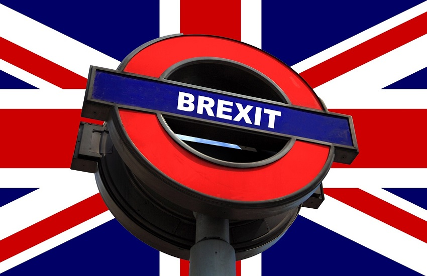 Brexit: l'accordo con l'Unione Europea slitta a settembre