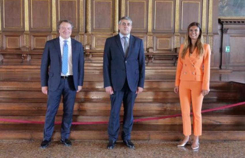 Il segretario generale dell'UNWTO visita Venezia